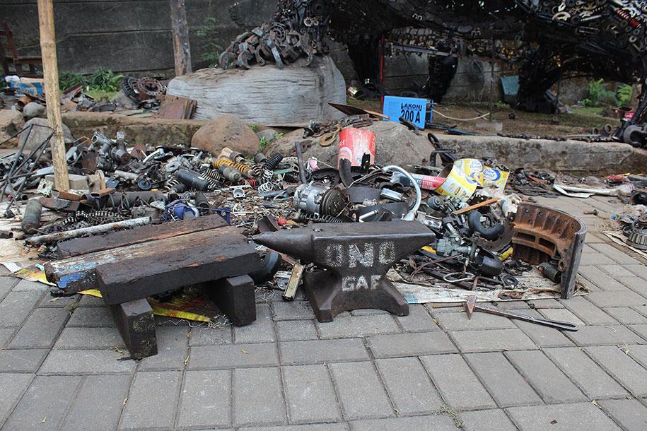 giant-turtle-steampunk-metal-trash-art-ono-gaf-7