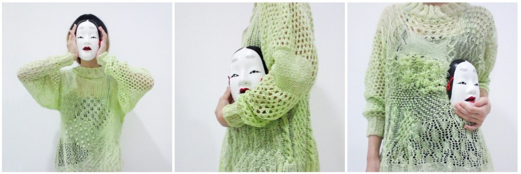 The crazy hours of the advertising industry meant that Kelly had to put her knitting on the backburner, although she did manage to complete a green sweater. She forced herself to knit at least one row at night and it took her eight months.